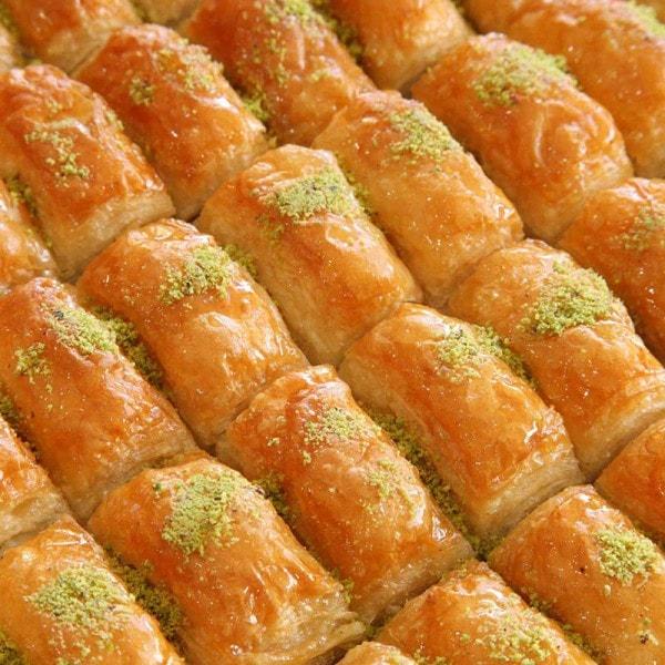 Täglich Frisch Lange Baklava mit Pistazien