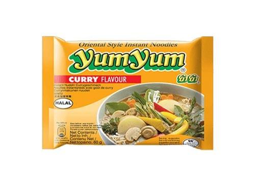 YumYum Curry Instantnudeln mit Currygeschmack